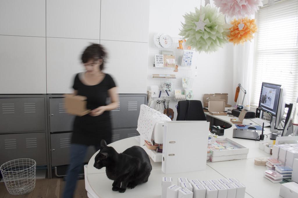 Interview de la créatrice de tampons vus dans la box papeterie Saperlipapier