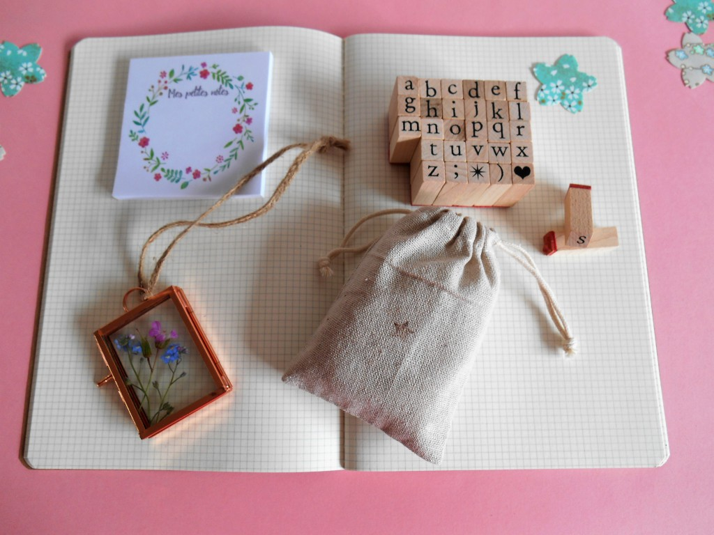 Petite fleur la jolie box papeterie à offrir