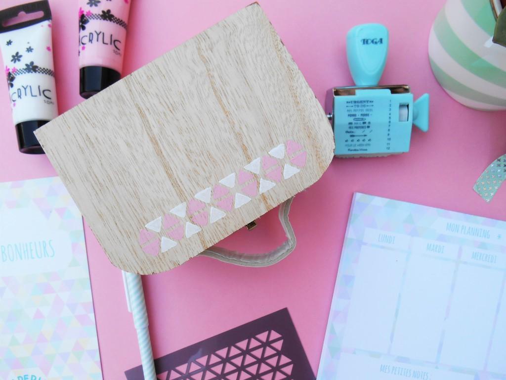 Une box qui mélange papeterie et créativité avec les DIY