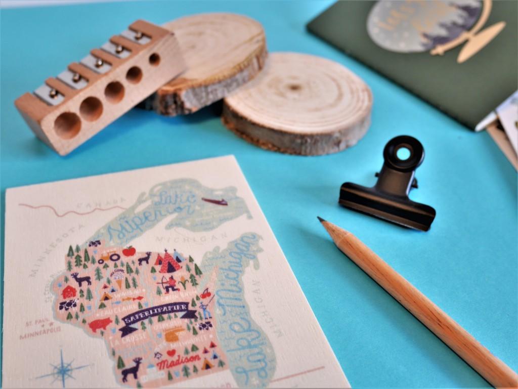 Tableau carte postale bois